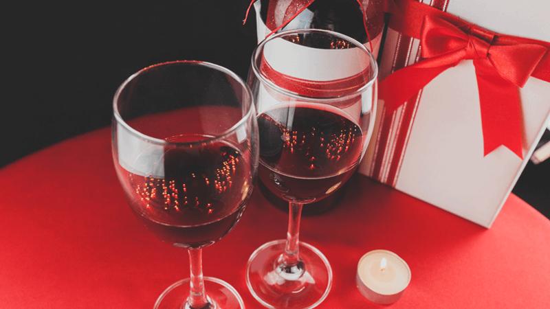 Priča 2: Vino, čokolada i ona